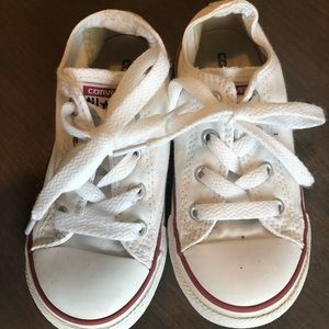 Converse white size 9 toddlers